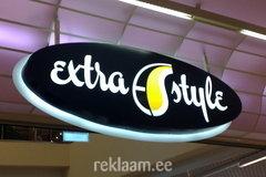 Extra Style valgusreklaam Solarise keskuses
