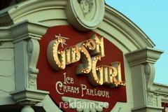Gibson Girl mahulised reklaamtähed