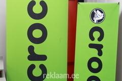 Crocs Rollup ja X banner
