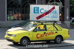 Reklaam auto katusel