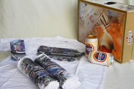 Reklaamikingitused: T-särgid ja firmasümboolikaga õllekohver.