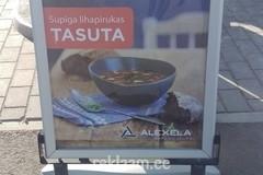 Alexela reklaamstend
