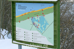 Puidust infostend - Saka klindimõisa matkarada