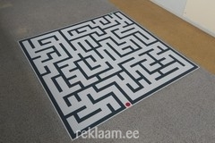 Põrandakleebis labürint
