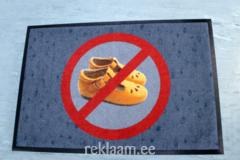 Uksematt *Välisjalanõud keelatud*